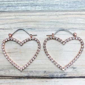 🆕 •FINAL PRICE• Heart Rose Goldtone Earrings